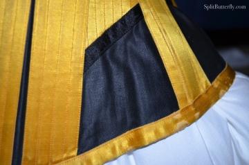 GoldCorset03